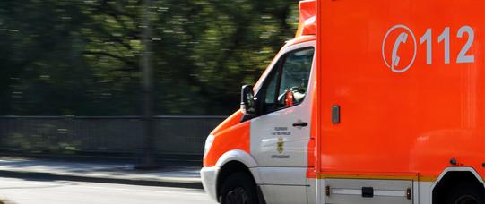 Ambulance 970037 1920