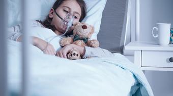 Krztusiec dziecko szpital
